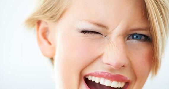 Zmarszczki na nosie - jak się pojawiają?